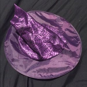 Child's witch hat purple